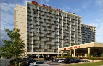 Take For Instance The Crowne Plaza Chicago O Hare Located Directly Across Street From Donald E Stephens Convention Center And Just 1 5 Miles