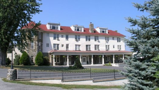 Gemstone Hotels Resorts Selected To Concept And Manage The Historic Hilltop House Hotel In Harpers Ferry West Virginia Ithaca