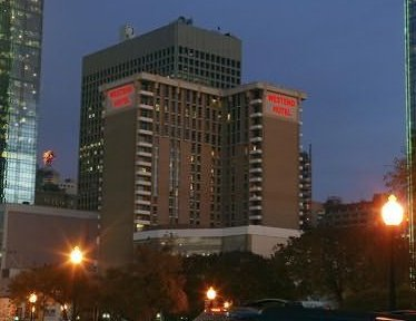Nyse Ihg Adrs The World S Largest Hotel Group By Number Of Rooms Today Announced Crowne Plaza Dallas Downtown Will Open