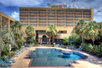 Mcm Elegante Hotel Beaumont Texas