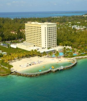 Warwick International Hotels Acquires The 246 Room Paradise Island Harbour Resort In Bahamas September 2017