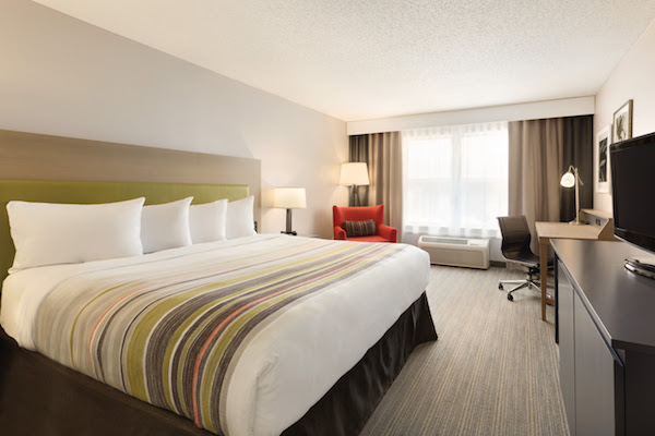 Country Inn Suites Opens Hotel In Sevierville Tn